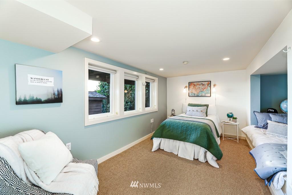 Sold Property | 7711 44th Avenue SW Seattle, WA 98136 25