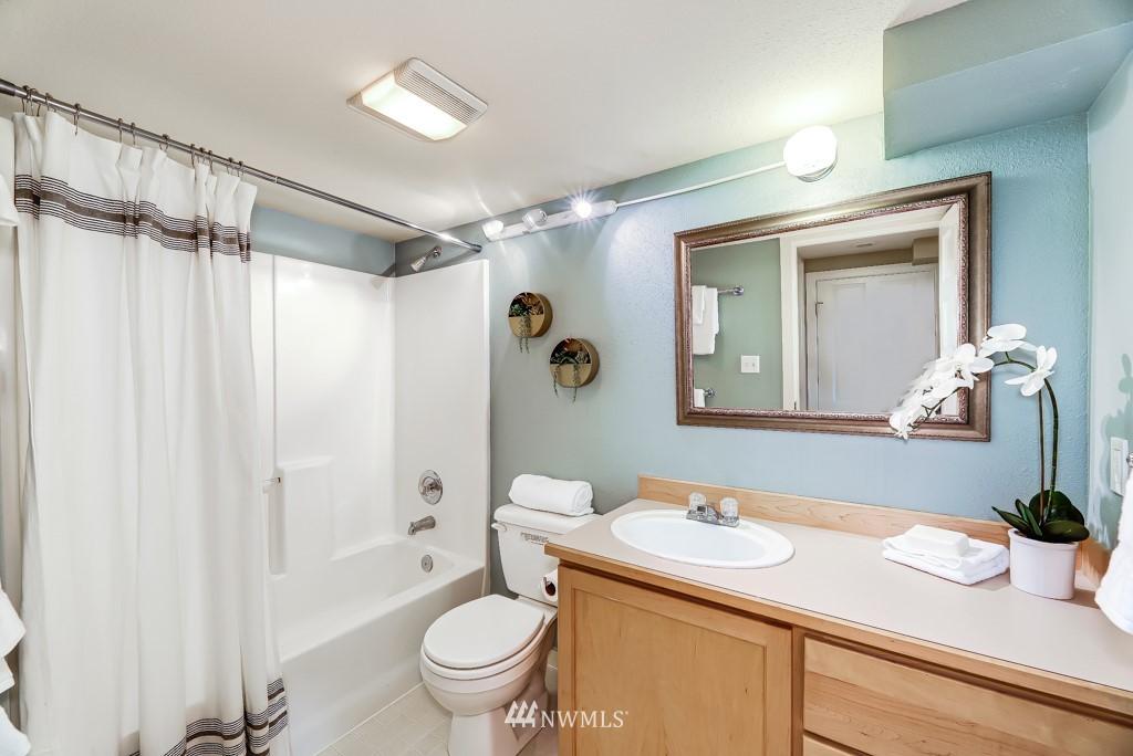 Sold Property | 7711 44th Avenue SW Seattle, WA 98136 26