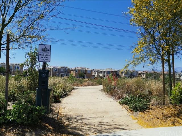 Closed   5969 Sendero Avenue Eastvale, CA 92880 4