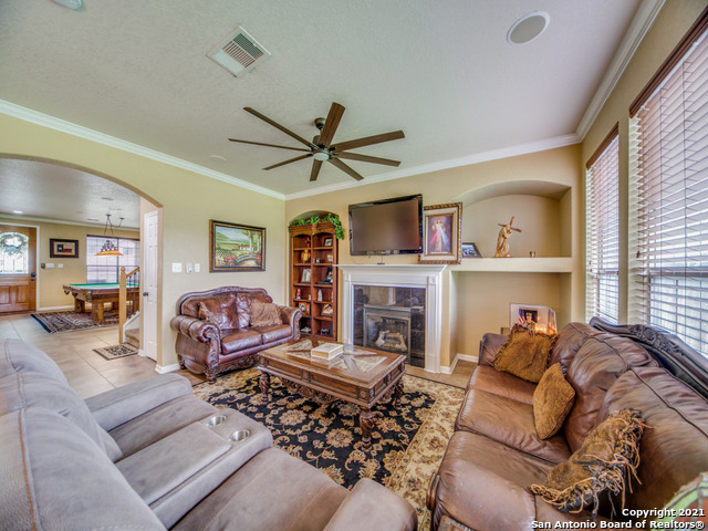 Active   109 CLEAR WATER Boerne, TX 78006 9
