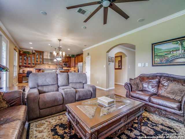 Active   109 CLEAR WATER Boerne, TX 78006 11