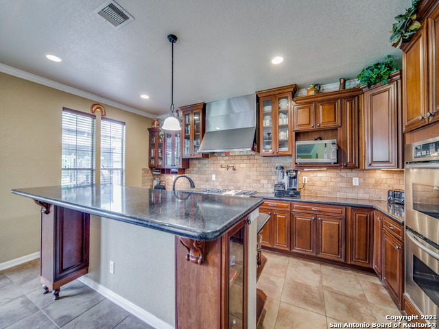 Active   109 CLEAR WATER Boerne, TX 78006 13