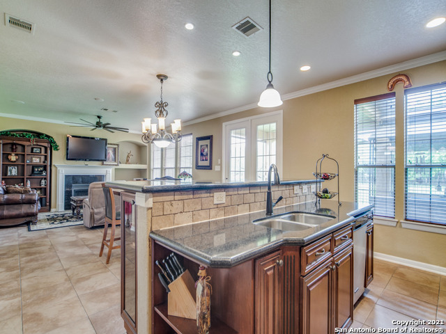 Active   109 CLEAR WATER Boerne, TX 78006 14