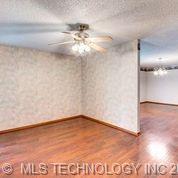 Off Market   6204 S 87th East Avenue Tulsa, Oklahoma 74133 20