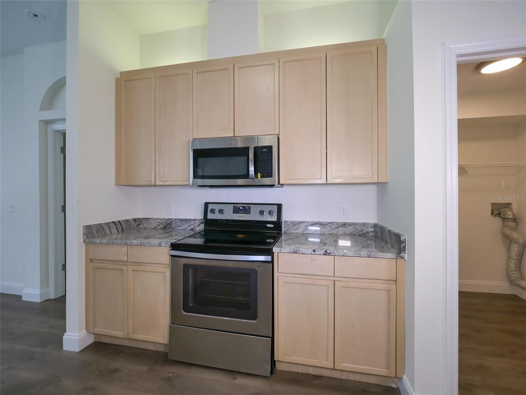 Pending   9804 LA VONDA STREET RIVERVIEW, FL 33569 17