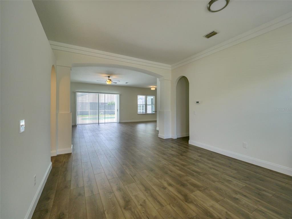 Pending   9804 LA VONDA STREET RIVERVIEW, FL 33569 6