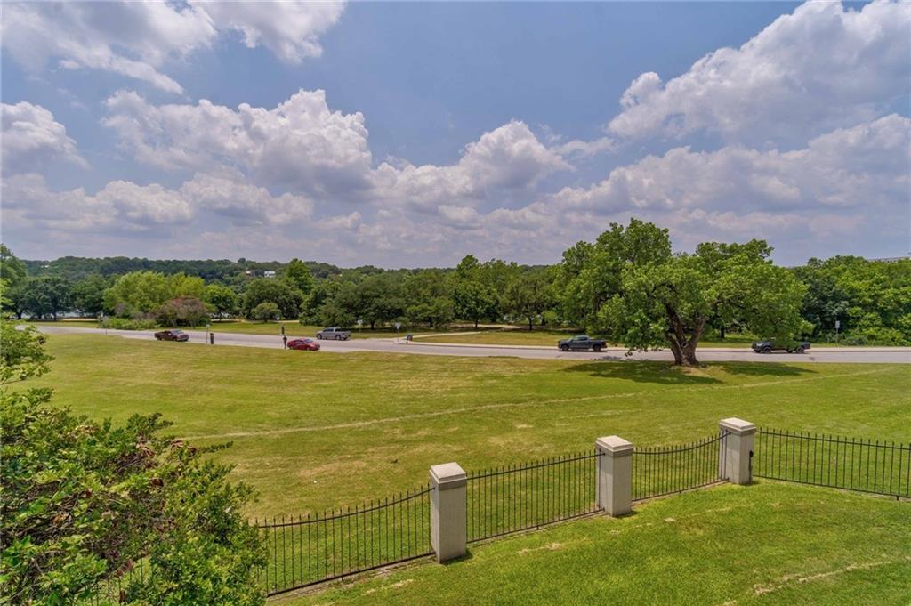 Active | 40 N Interstate 35 #TH3 Austin, TX 78701 30