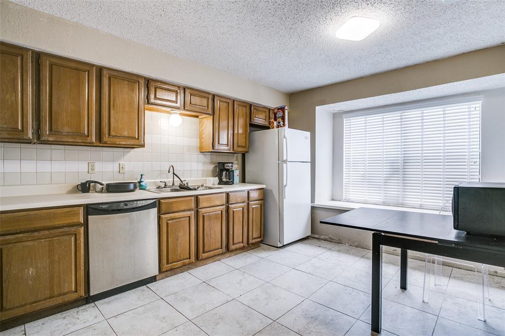 Sold Property | 5840 Spring Valley Road #810 Dallas, Texas 75254 10