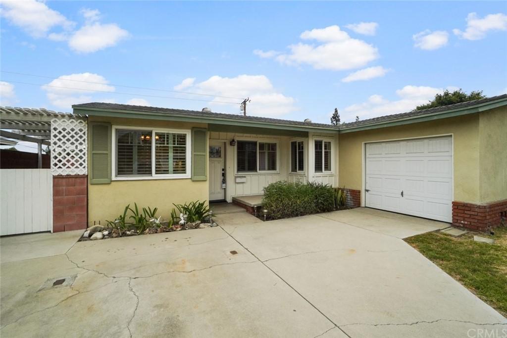 Closed   3927 N Morada Avenue Covina, CA 91722 2