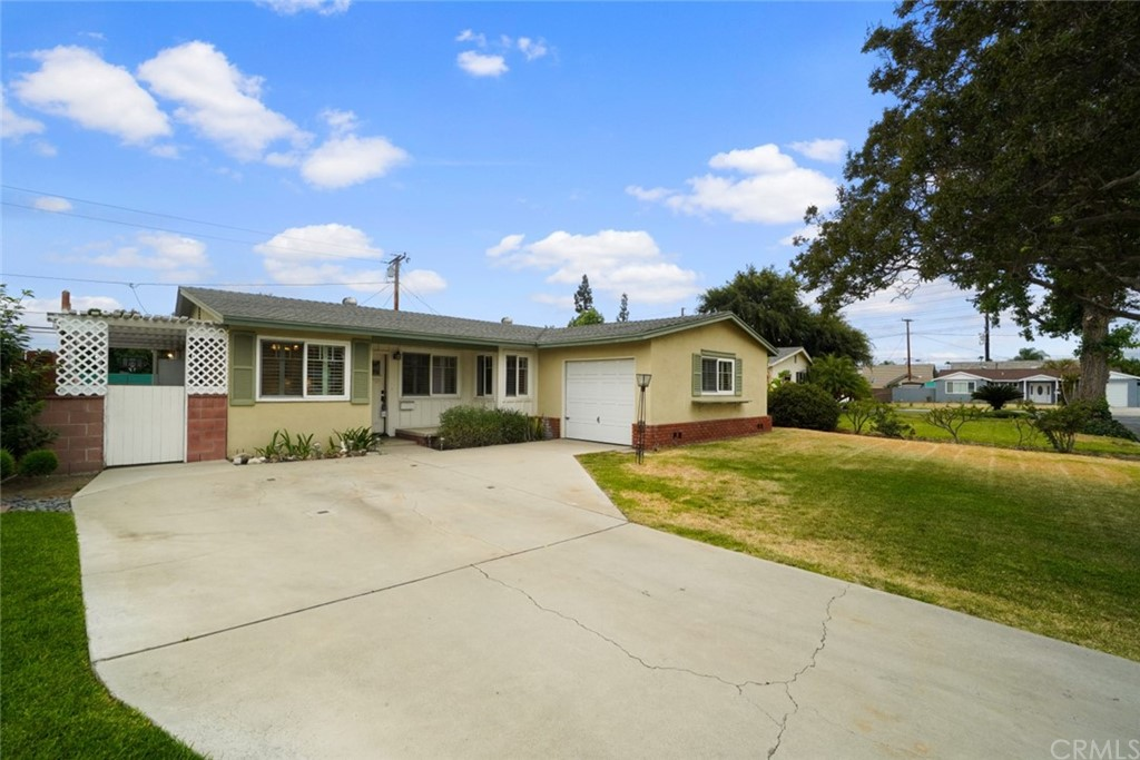 Closed   3927 N Morada Avenue Covina, CA 91722 1