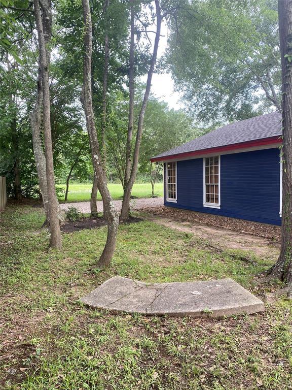 Active | 611 Nursery Road Spring, Texas 77380 4