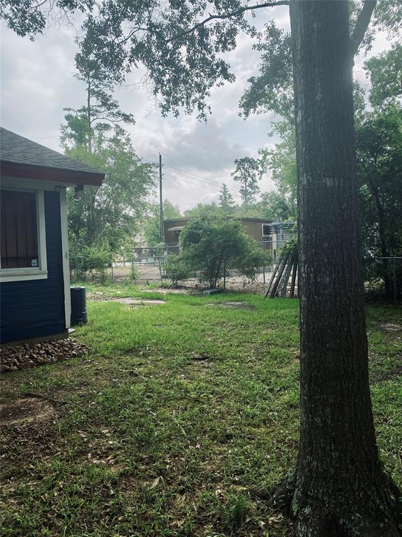 Active | 611 Nursery Road Spring, Texas 77380 8