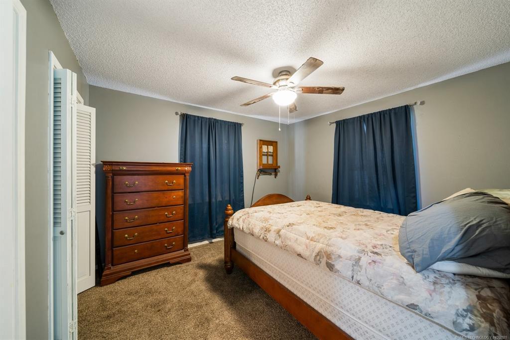 Off Market   215 S Locust Street Oologah, Oklahoma 74053 23