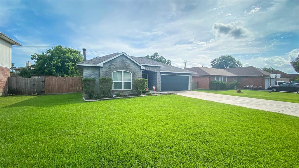 Off Market | 11474 Brook Meadow Drive Houston, Texas 77089 18