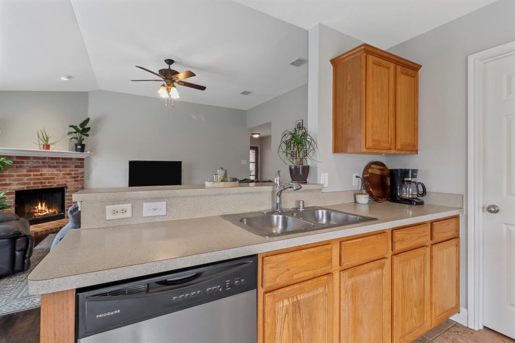 Sold Property | 1624 Birch Bend Way Little Elm, Texas 75068 11