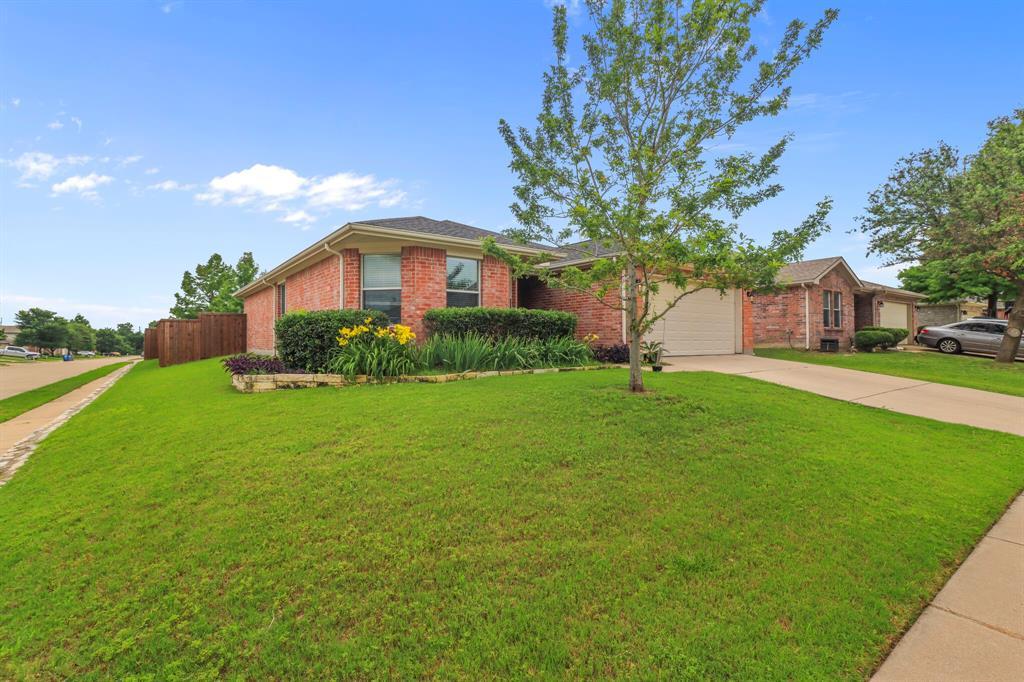 Sold Property | 1624 Birch Bend Way Little Elm, Texas 75068 3