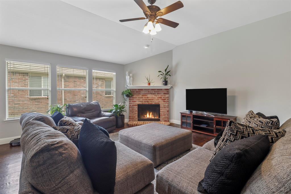 Sold Property | 1624 Birch Bend Way Little Elm, Texas 75068 6