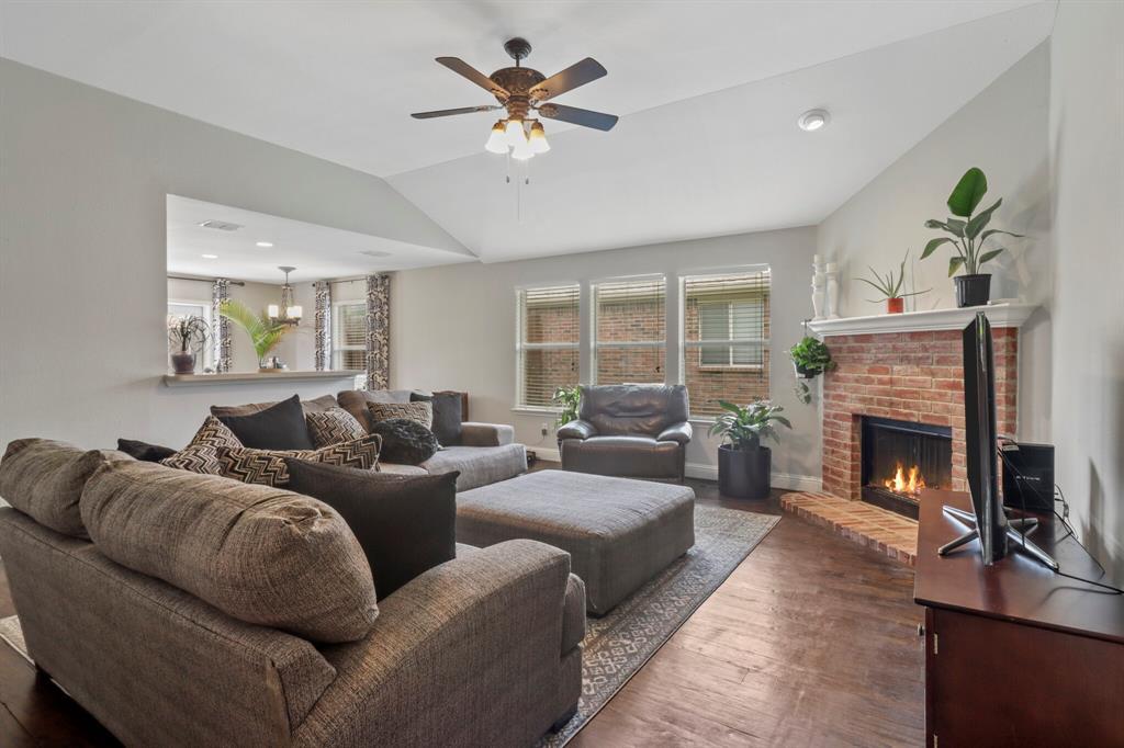 Sold Property | 1624 Birch Bend Way Little Elm, Texas 75068 7