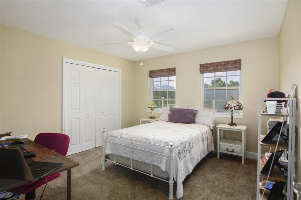 Pending   1003 S Country Club Drive Shoreacres, Texas 77571 22