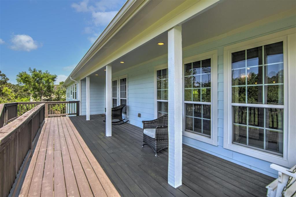 Pending   1003 S Country Club Drive Shoreacres, Texas 77571 5