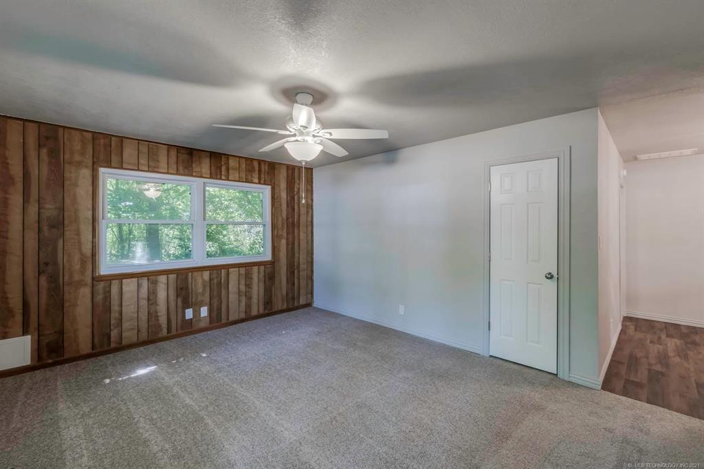 Homes in Catoosa School District   20536 E 3rd Street Tulsa, Oklahoma 74108 2