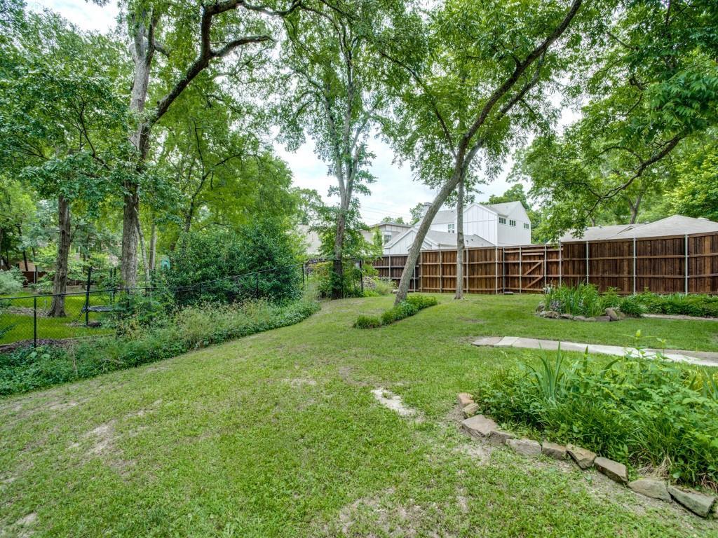Sold Property   8618 Groveland Drive Dallas, Texas 75218 24