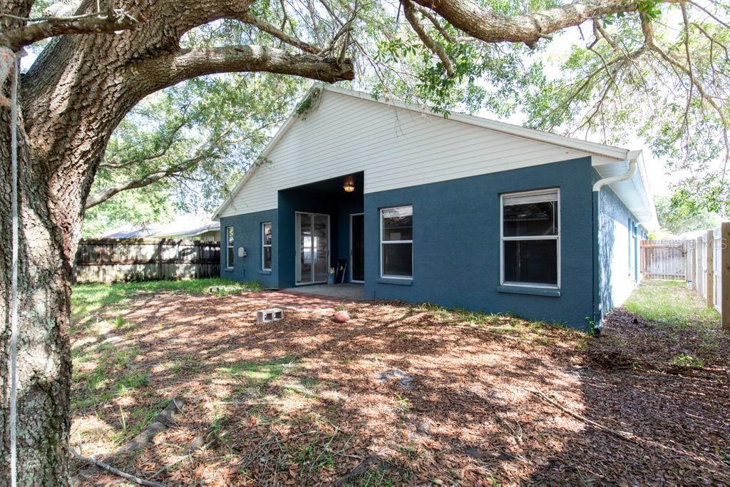 Pending   9709 WHITE BARN WAY RIVERVIEW, FL 33569 1