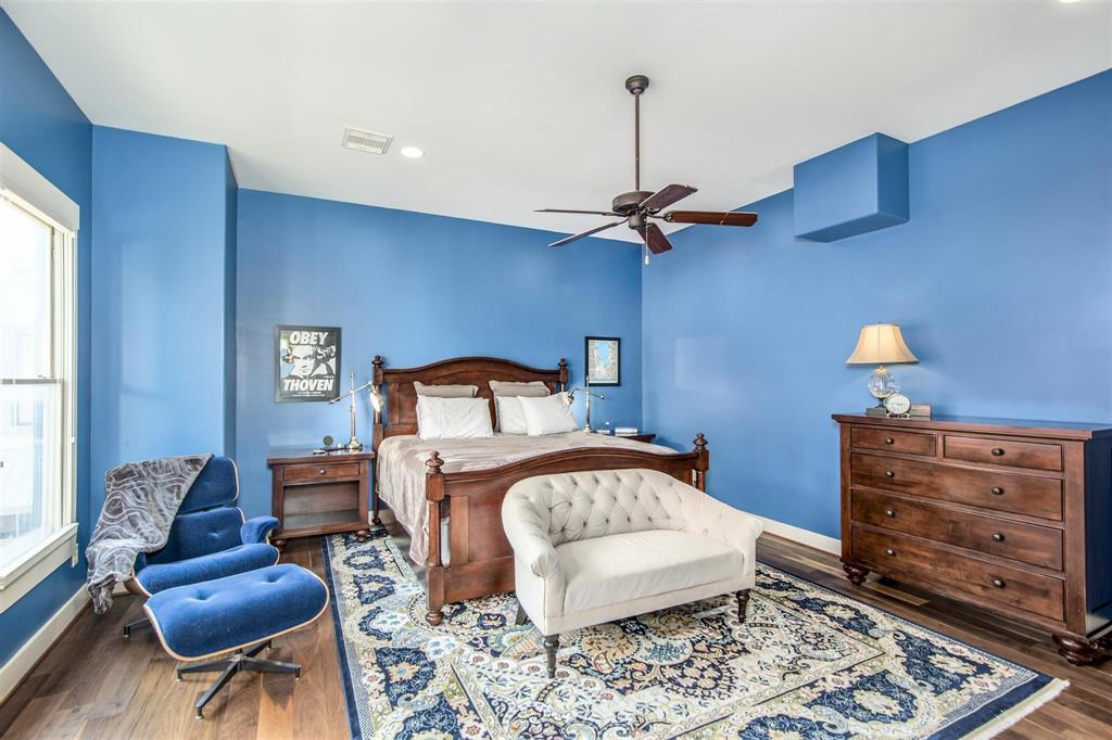 Active   1310 Hadley Street Houston, Texas 77002 19