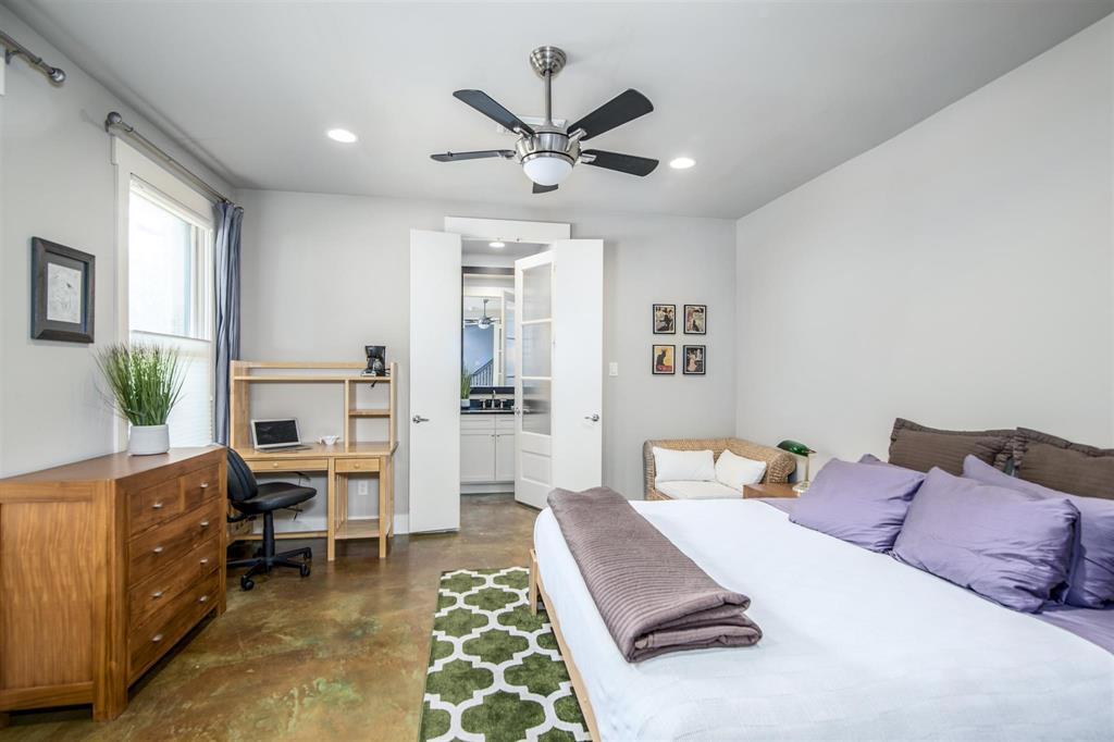 Active   1310 Hadley Street Houston, Texas 77002 6