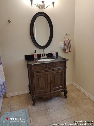 Pending | 10614 Burr Oak Dr San Antonio, TX 78230 29