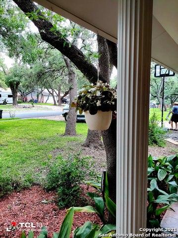 Pending | 10614 Burr Oak Dr San Antonio, TX 78230 4
