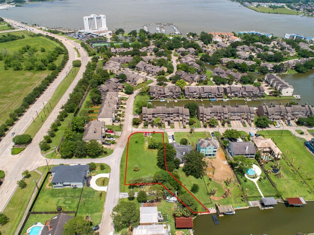 Active   110 Sandy Cove Houston, Texas 77058 6