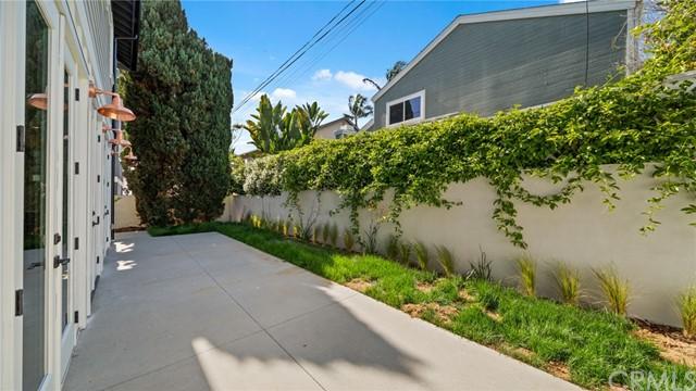 Active | 2421 Voorhees Avenue #B Redondo Beach, CA 90278 31