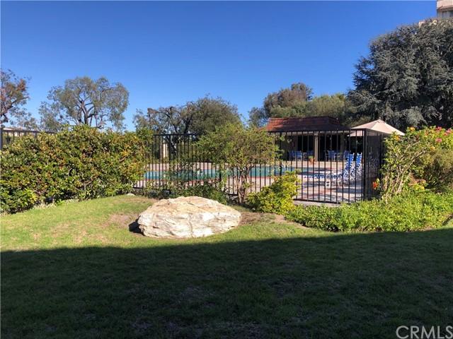 Pending | 28180 Ridgecove Court Rancho Palos Verdes, CA 90275 11