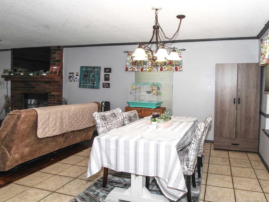 Off Market | 10811 E 101st Street North Owasso, Oklahoma 74055 10