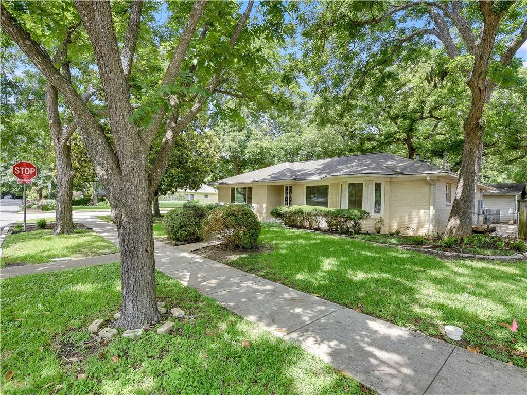 Closed | 3900 Avenue H Austin, TX 78751 2