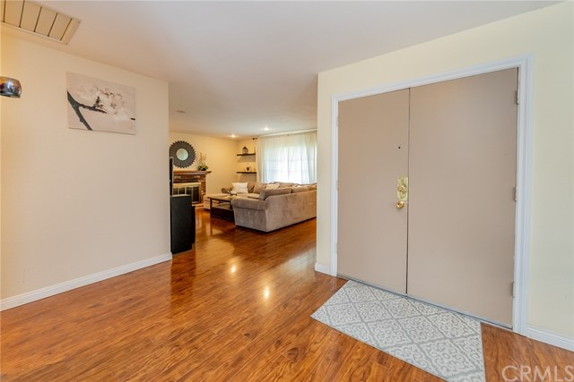 Closed | 1132 E Oak Hill Street Ontario, CA 91761 21