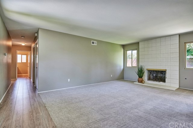 Closed   283 W Radcliffe Drive Claremont, CA 91711 9