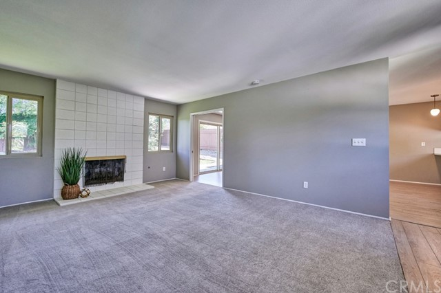 Closed   283 W Radcliffe Drive Claremont, CA 91711 10