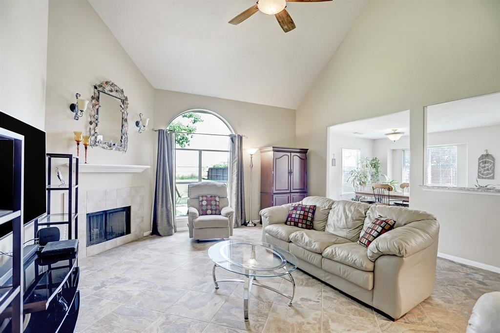 Off Market | 11223 S Country Club Green Drive Tomball, Texas 77375 14