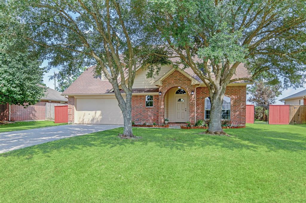 Off Market | 11223 S Country Club Green Drive Tomball, Texas 77375 2