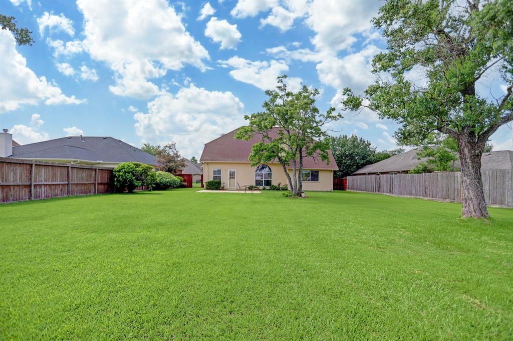 Off Market | 11223 S Country Club Green Drive Tomball, Texas 77375 30