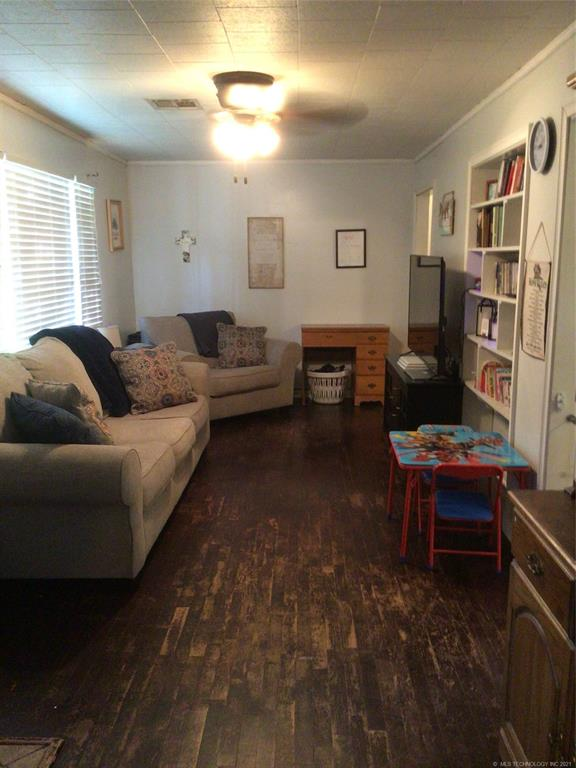 Off Market   206 S Bailey Street Pryor, Oklahoma 74361 2