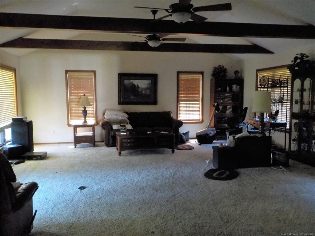 Active | 1819 Southridge Drive Pryor, Oklahoma 74361 3