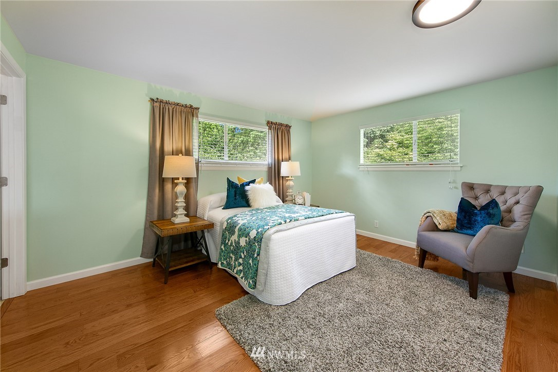 Sold Property | 3204 NE 190th Street Lake Forest Park, WA 98155 10