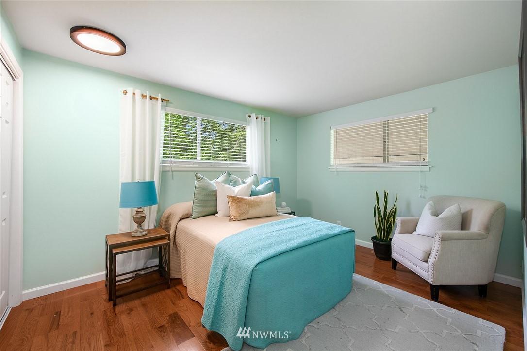 Sold Property | 3204 NE 190th Street Lake Forest Park, WA 98155 12