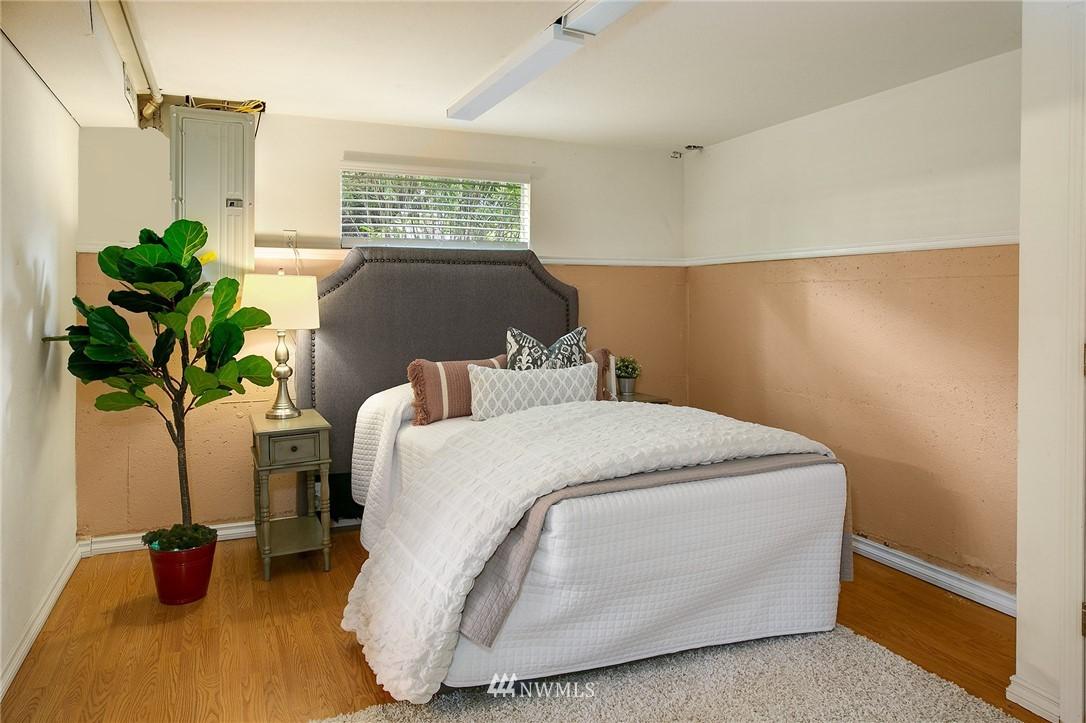 Sold Property | 3204 NE 190th Street Lake Forest Park, WA 98155 17