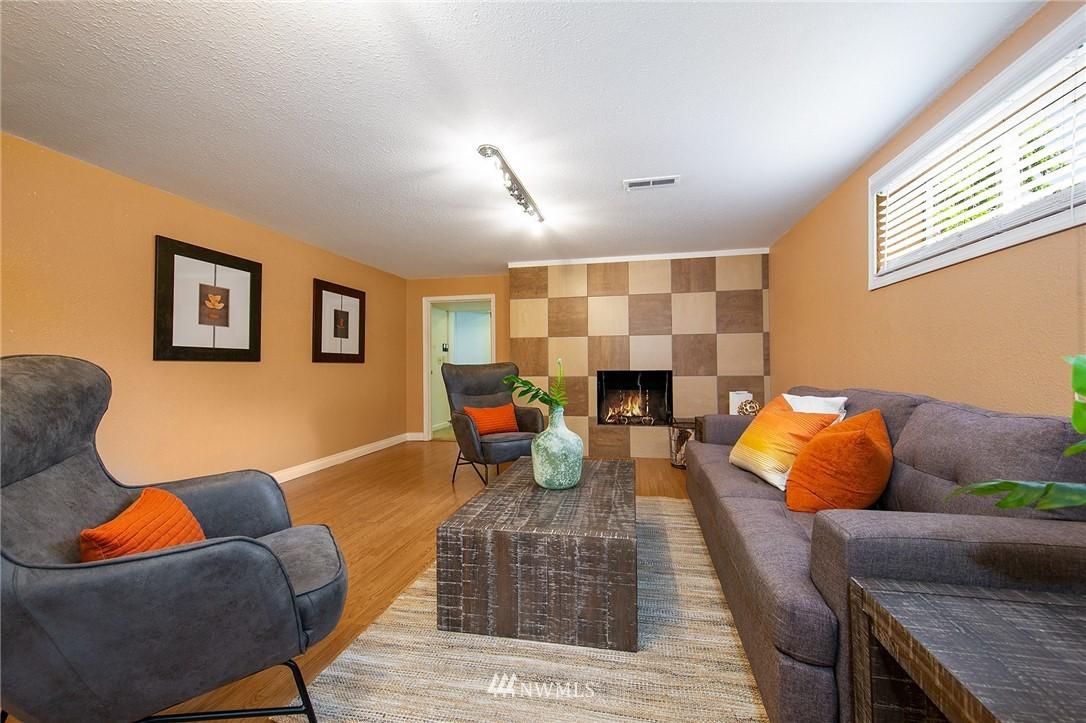 Sold Property | 3204 NE 190th Street Lake Forest Park, WA 98155 15