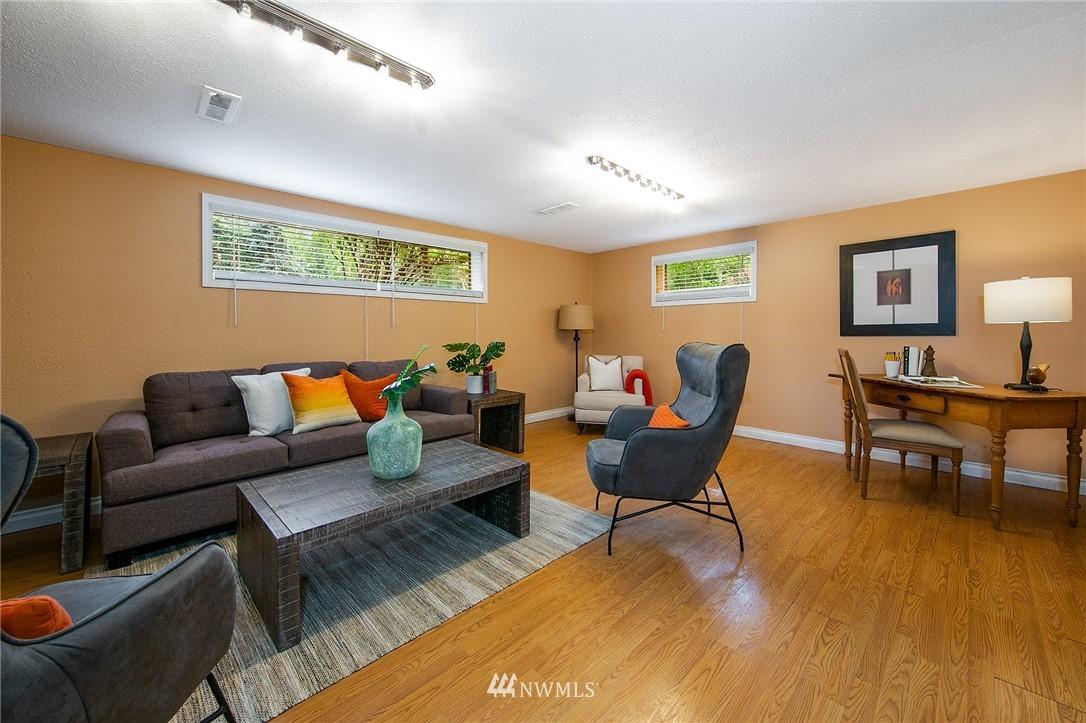 Sold Property | 3204 NE 190th Street Lake Forest Park, WA 98155 16