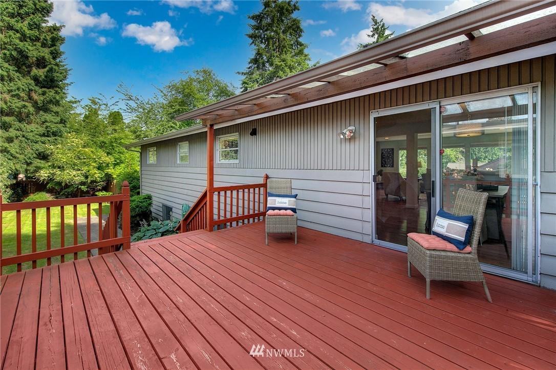 Sold Property | 3204 NE 190th Street Lake Forest Park, WA 98155 20